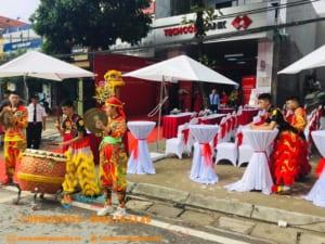 Cho thuê bàn ghế khai trương - 5 mẫu bàn ghế đẹp nhất tại Hà Nội