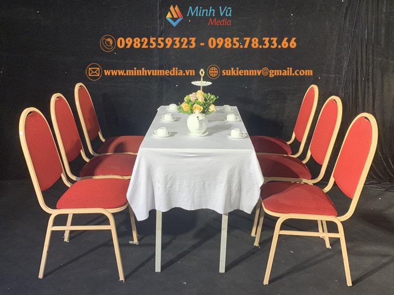 Cho Thuê Bàn Ghế Đệp banquet bàn Xuân Hoà Trải Khăn Trắng