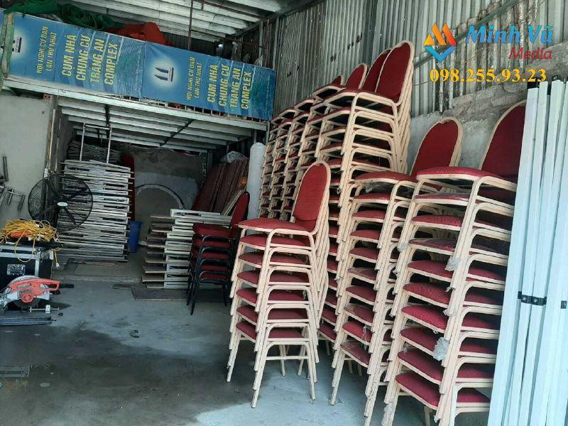 Các mẫu ghế Banquet đỏ tại kho của Minh Vũ Media