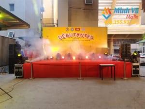 Máy tạo khói giúp sân khấu huyền ảo hơn