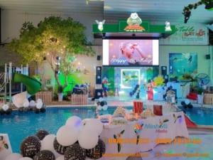 Trang trí tiệc sinh nhật bên hồ bơi mới lạ