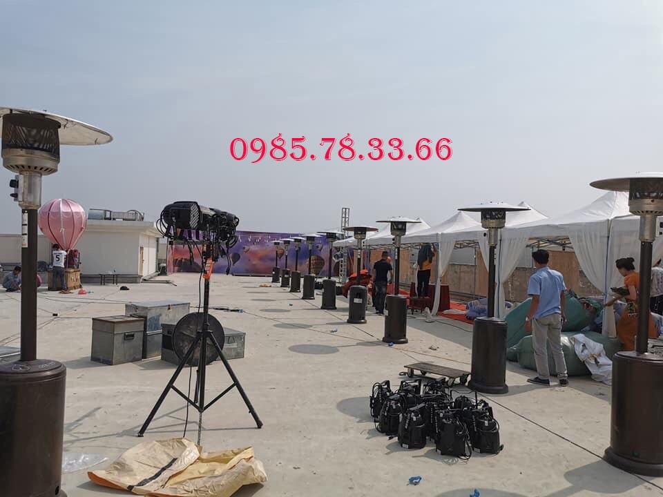 Cho thuê cây sưởi máy sưởi gas tại sảnh tầng thường khách sạn intracom Hà Nội
